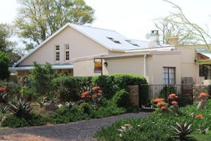 Addo Reach and Hein's Cottage - writer's retreat